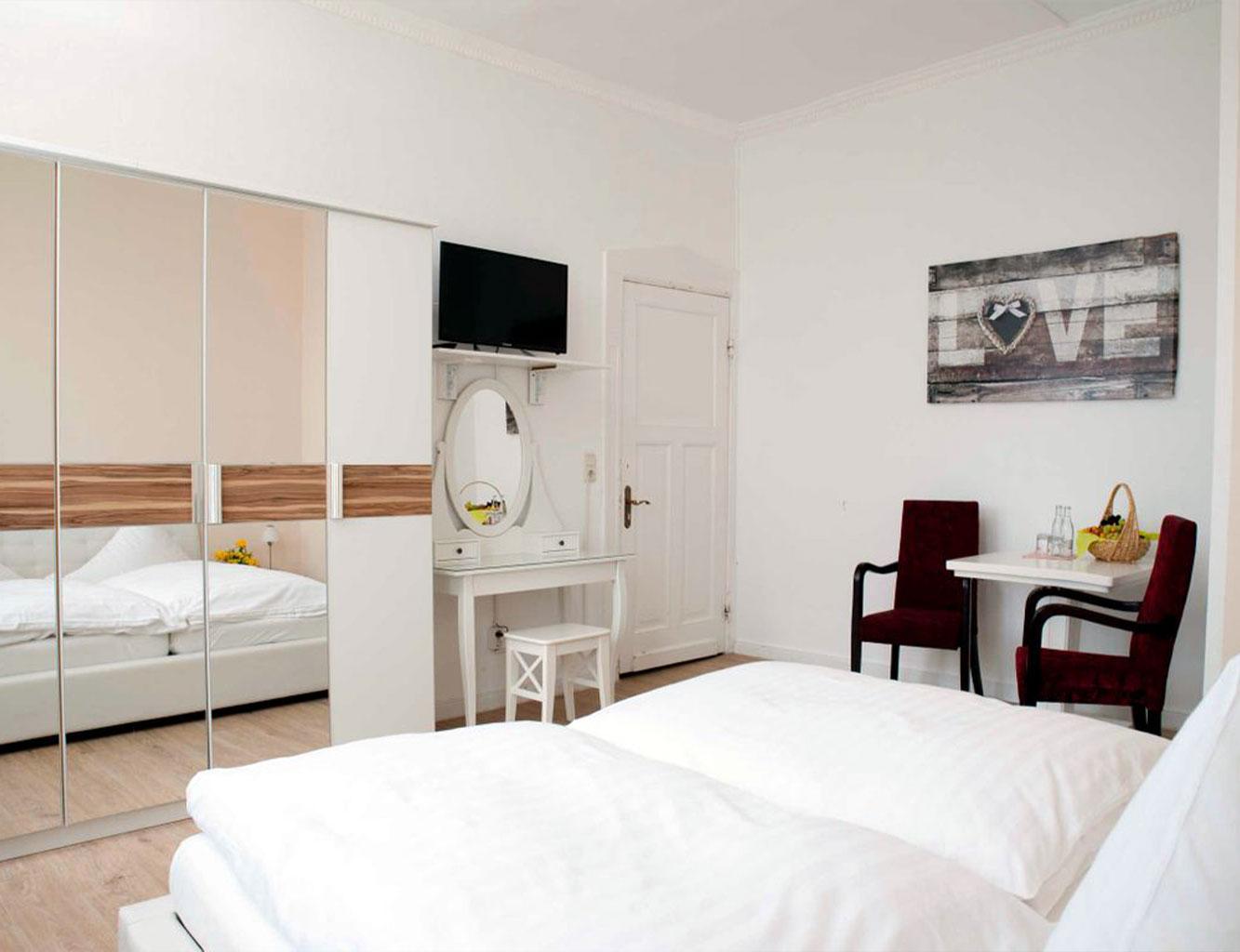 Hotel-Fährhaus-Kirschenland-Doppelzimmer-1