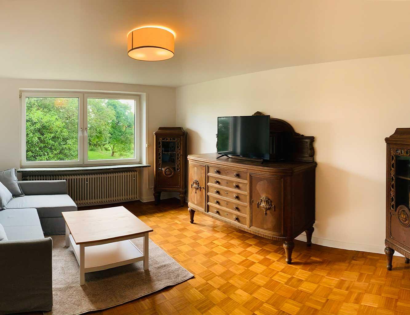 Hotel-Fährhaus-Kirschenland-Ferienwohnung-Obergeschoss-Wohnzimmer