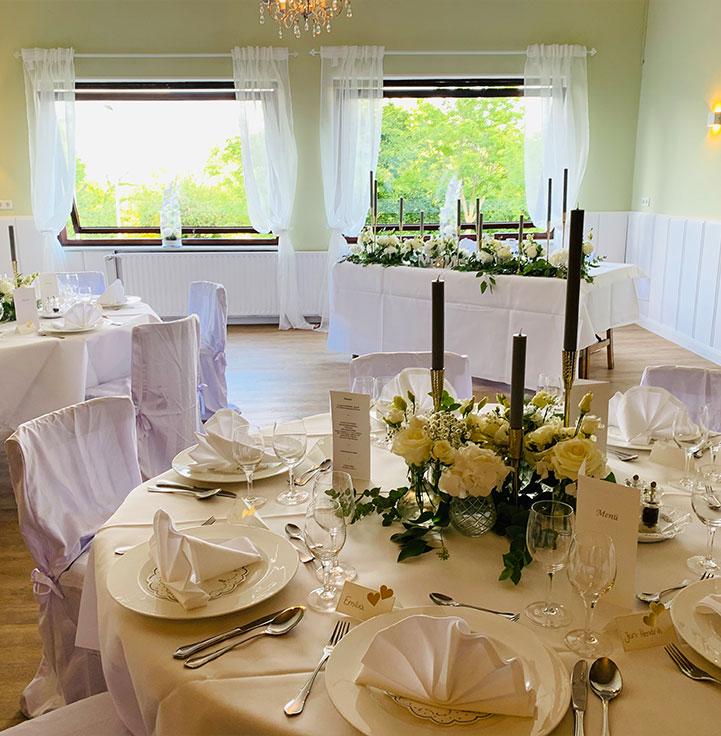 Räume-für-Feiern-im-Fährhaus-Kirschenland-Kleiner-Saal